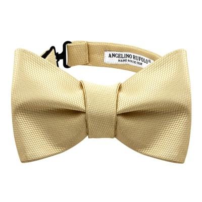 Classic Bow Tie Tying
